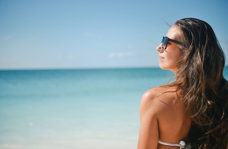girl bikini beach